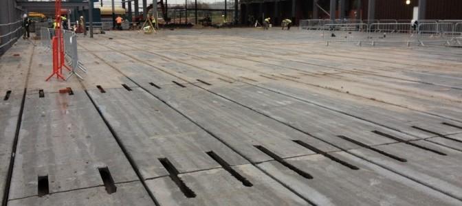 Prestressed concrete flooring
